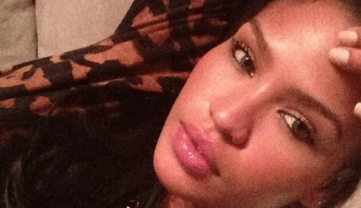 The gorgeous Cassie Ventura making a sexy face