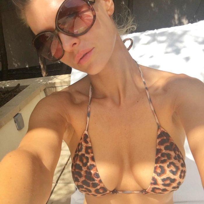 Joanna Krupa in sexy leopard bikini top