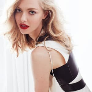 amanda seyfried looking hot as hell in vogue russia photoshoot