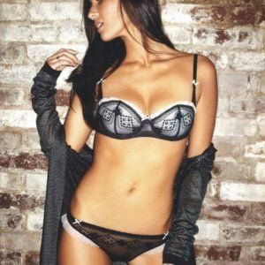 stunning beauty olivia munn in lacy lingerie showing her rocking body