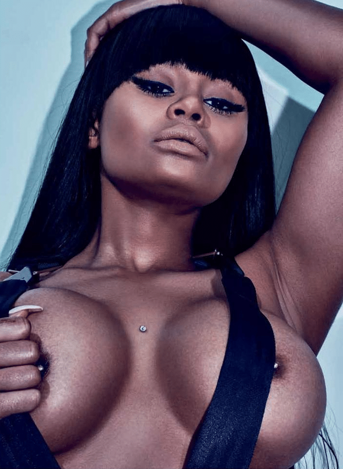 Blac Chyna with hair over tit