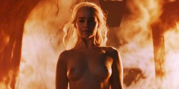 Dany breasts in GOT season 6