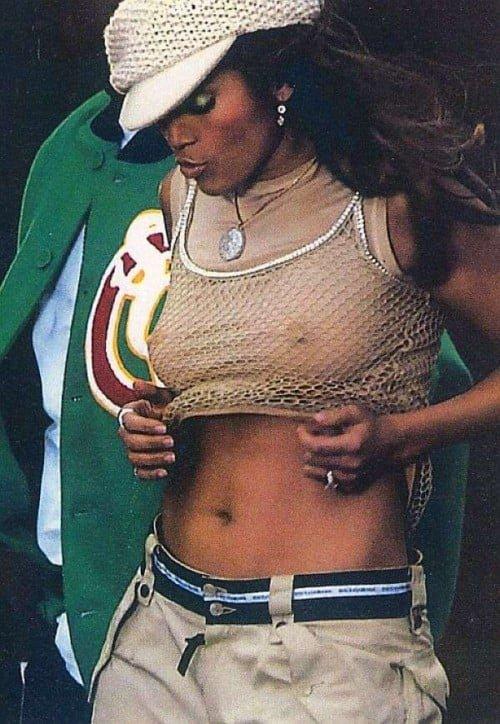 Jennifer Lopez shows her nips in white top