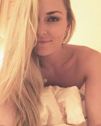 Lindsey Vonn selfie without a bra on