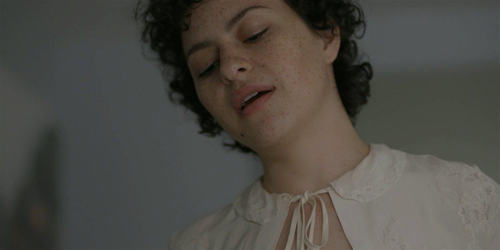 Alia Shawkat boobs show