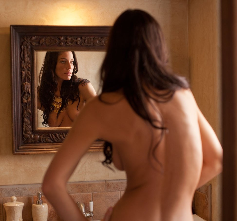 100 Images of Andrea Boehlke Nude