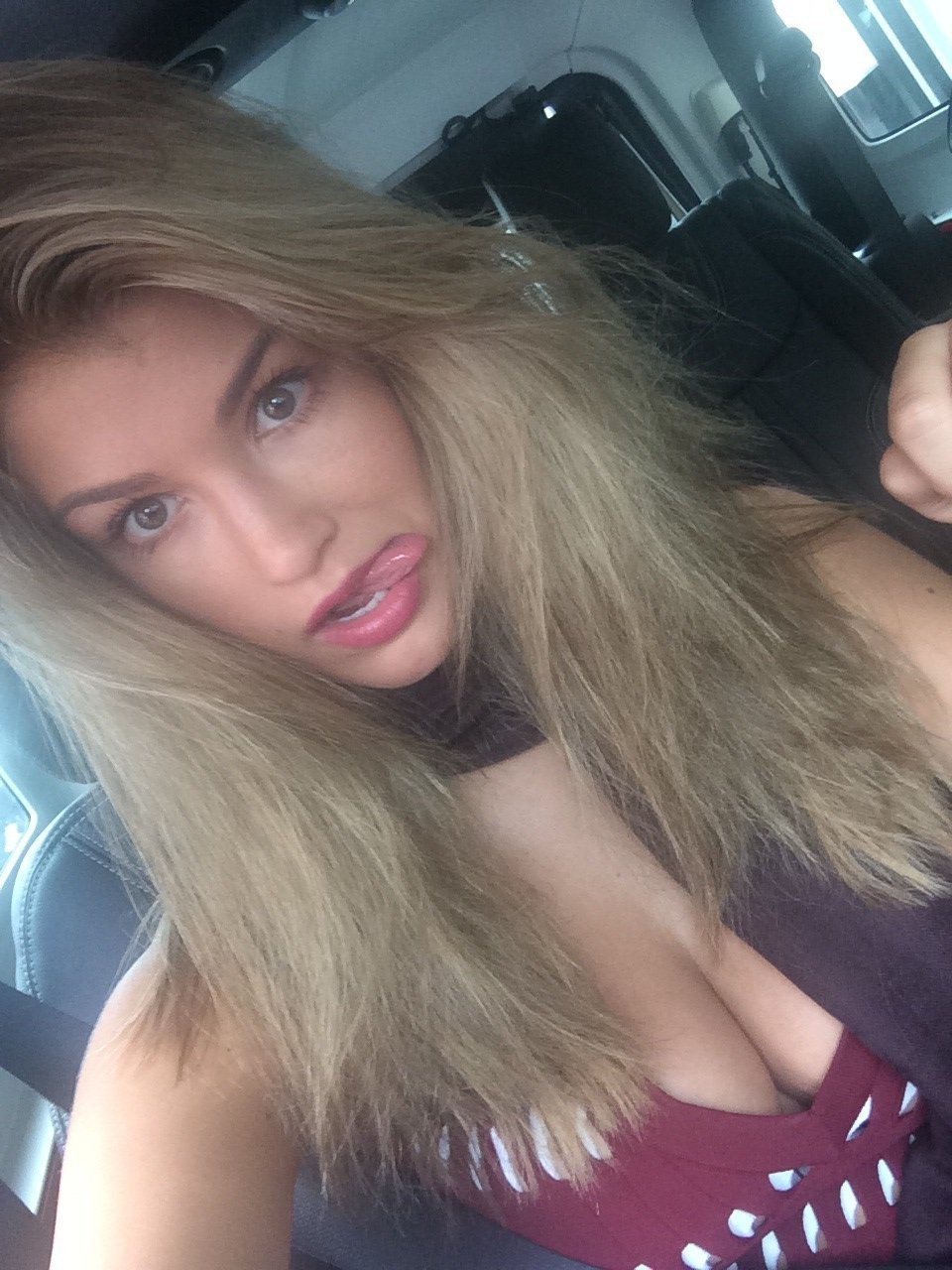 Amy Nude Pics pics] pageant contestant amy willerton totally nude