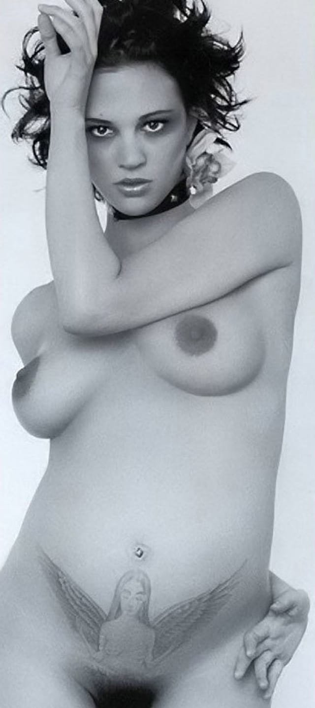 courtney cox naked drawings