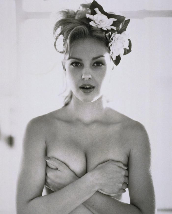 Young Ashley Judd topless
